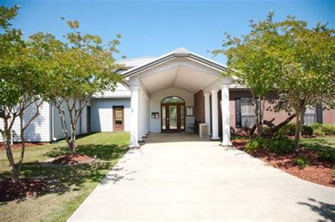 cabins for rent in mississippi cool homes for rent in biloxi ms on lake popps ferry road