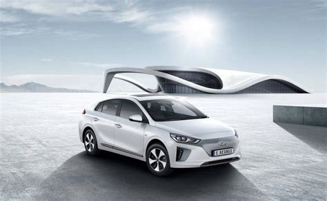 2017 New Electric Cars by Best New Electric Cars Coming In 2017 And 2018 Pc Advisor
