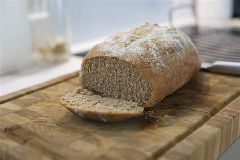 5 Step Simple Wholemeal Bread Recipe · Graham O