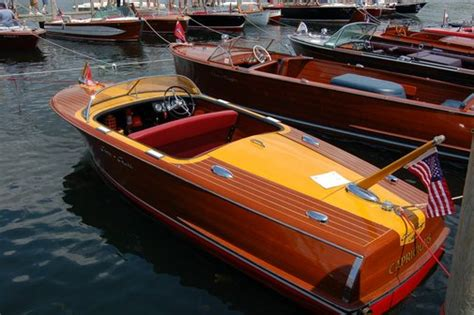 Chris Craft Wooden Boats by Chris Craft Wooden Boat Gentlemint