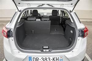 Mazda 3 Coffre : essai comparatif mazda cx 3 vs renault captur le match des petits suv photo 28 l 39 argus ~ Medecine-chirurgie-esthetiques.com Avis de Voitures