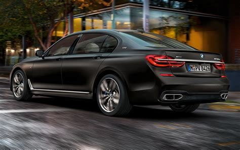 Bmw M760li Xdrive, The Ultimate Luxury Sleeper Sedan