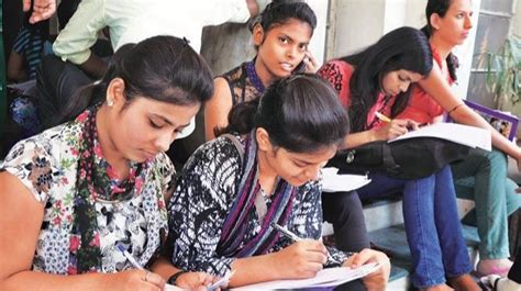 Delhi University 9th Cut-off 2018 released: BA Hons and B ...