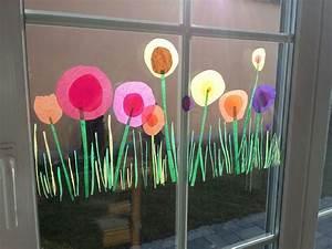 Blumen Basteln Fensterdeko : blumen aus transparent papier mit aufgemaltem gras woody von stabilo fr hling fensterdeko ~ Markanthonyermac.com Haus und Dekorationen