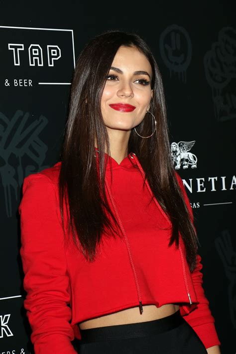 Victoria Justice  Black Tap Grand Opening In Las Vegas. Colleges In Long Beach Ca Nc State Retirement. Umd Online Graduate Programs. Computer Parts Nashville Stock Business Cards. Equestrian Studies Colleges Name Badge Size