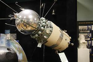 File:Vostok spacecraft with third stage of launch vehicle ...