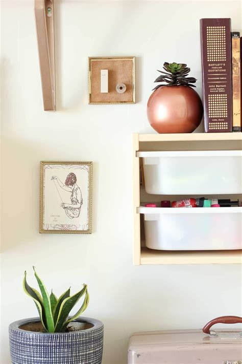 Kids wants their room to be attractive and fresh. How to Make DIY Wall Decor (From Your Junk Drawer!)