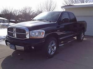 Sell Used 2006 Dodge Ram 1500 Laramie 5 7l Hemi  Black