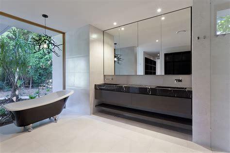 Chandelier Over Bathtub Images by Badkamer Voorbeelden Zwart Wit 22 Badkamer Foto S