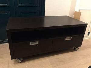 Meuble Tv Roulettes Ikea : meuble roulette excellent meuble tv roulettes casier mtal ~ Melissatoandfro.com Idées de Décoration