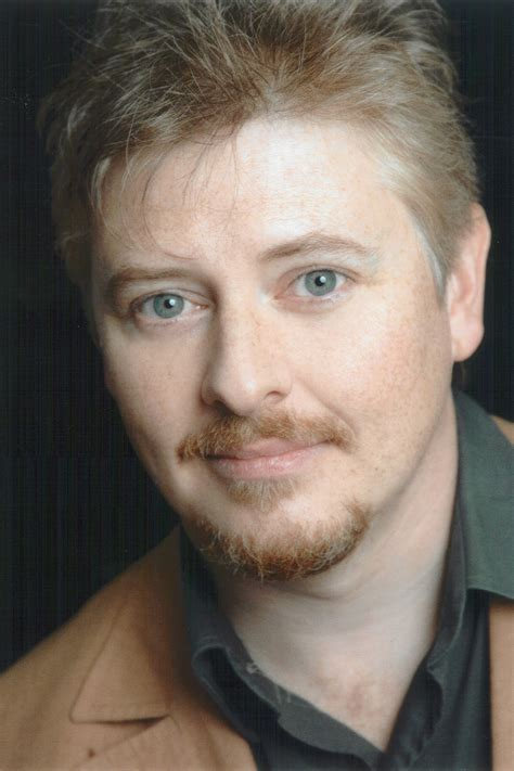 Dave Foley Signs With APA (Exclusive) | Hollywood Reporter