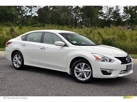 Nissan Altima 2012 White  Image #406