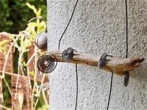 Frühlingsdeko Selber Basteln : fr hlingsdeko aus schwemmholz und draht zum selber machen basteln und dekorieren ~ Markanthonyermac.com Haus und Dekorationen