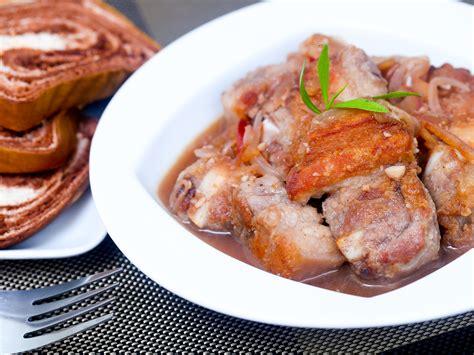 cuisiner viande 4 ères de cuisiner la viande de porc wikihow