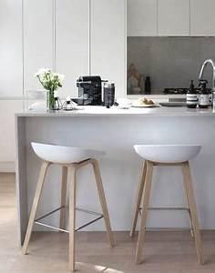 Tabouret pour ilot central cuisine 2 avec best 25 chaise for Deco cuisine avec chaise tabouret