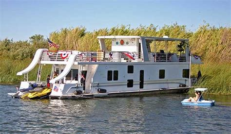 Delta Houseboats by Exploring The California Delta Boatus Magazine