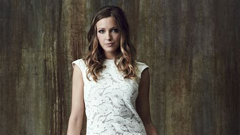 wallpaper katie cassidy american actress hd celebrities