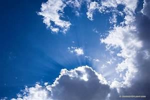 Radiate Light Godbeams And Clouds At Nwr Nebraska Scenic
