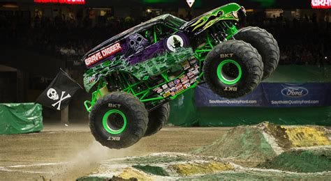 monster jam trucks videos monster jam