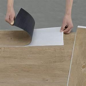 Selbstklebendes Pvc Laminat : vinyl pvc laminat 1m selbstklebend design bodenbelag 7 dekor dielen 0 975 qm ~ Watch28wear.com Haus und Dekorationen