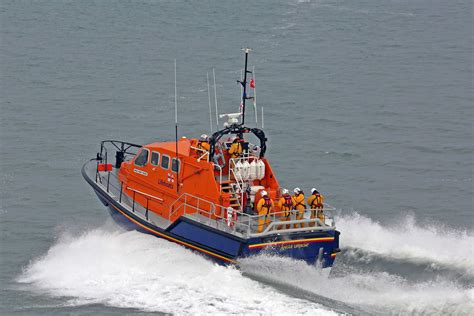 Rnli angle rnli lifeboat launched   vessel driven ashore 3543 x 2362 · jpeg