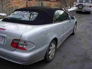 Mercedes Clk 320 Cabriolet : sell used 2000 mercedes bennz 320 clk silver convertible with black top cabriolet style in fall ~ Melissatoandfro.com Idées de Décoration