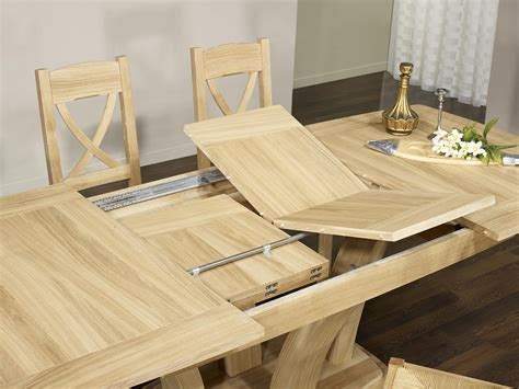 table de repas contemporaine en ch 234 ne massif finition ch 234 ne bross 233 naturel meuble en ch 234 ne
