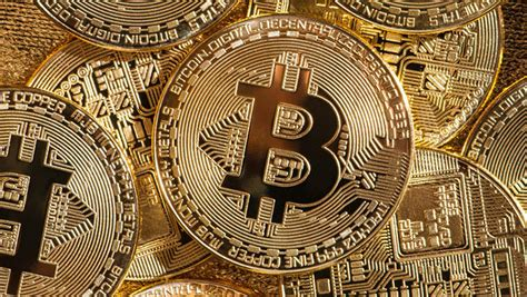 Bitcoin hits new high despite continued doubts over ...