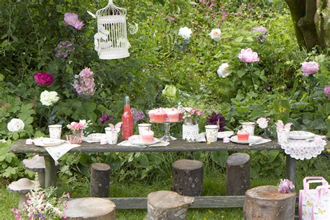 How To Throw A Truly Enchanting Fairythemed Party  Party. Date Ideas Erie Pa. Lunch Ideas Bento. Basket Storage Ideas. Home Decorating Ideas Bathroom. Diy Ideas No Money. Baby Shower Ideas Ladybug Theme. Kitchen Update Ideas Uk. Decorating Ideas Valentine's Day