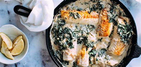 cuisiner du saumon au four pavé de saumon à la crème et épinards recette ramadan