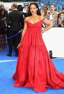 blog officiel de robespourmariagefr With rihanna robe rouge