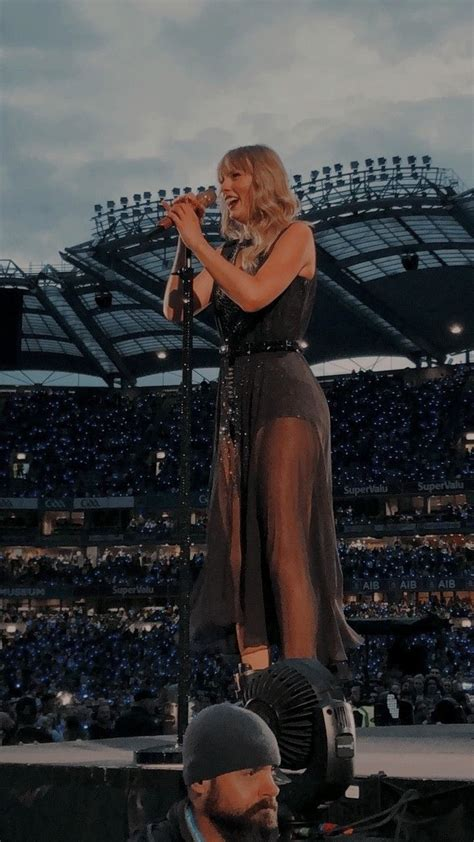 taylor swift in 2020   Taylor swift pictures, Long live ...