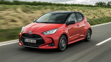 Learn about continued ownership benefits or shop for a certified used yaris or yaris hatchback today. Toyota Yaris 1.5 Hybrid Launch Edition (2020) - rijtest en ...