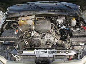 0711 4wd 03 Z Jeep Liberty Engine Bay
