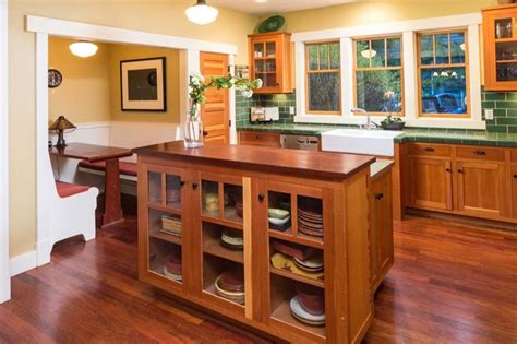 images of kitchen cabinets with hardware 1000 images about bungalow craftsman kitchens on 8976