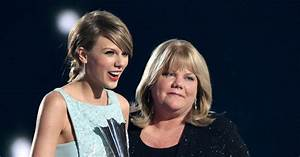 Taylor Swift's Mom Says Singer Was Visibly Upset After ...