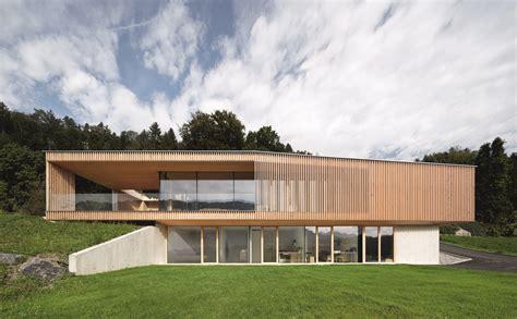 Moderne Häuser Aus Beton by Moderne Architektur Zweigesch 246 Ssig Holz Beton