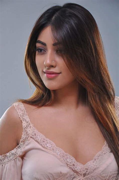 12 beautiful and sexy pics of anu emmanuel