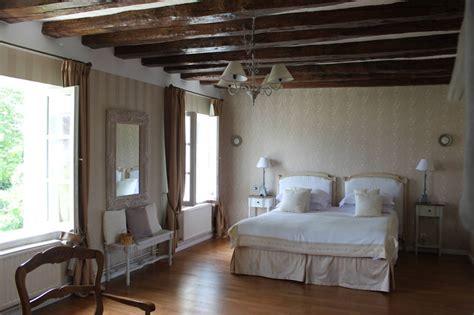 chambre d hote savigny en veron chambres d 39 hôtes la magnanerie chambres d 39 hôtes savigny