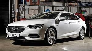 Opel Insignia 2017 : vauxhall insignia grand sport 2017 review car magazine ~ Medecine-chirurgie-esthetiques.com Avis de Voitures