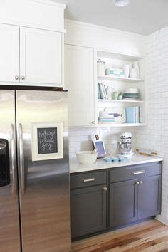 tiling in kitchen corian linen counters light gray cabinets white subway 2818