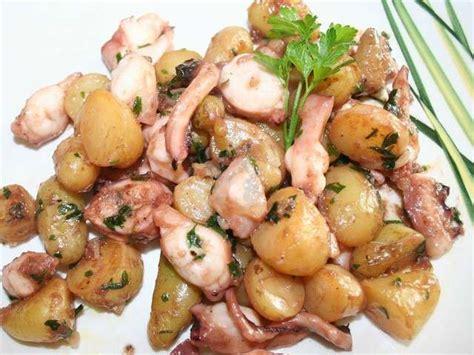 cuisiner tentacules de poulpe recettes de poulpes et ail