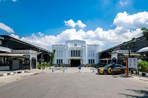 transportasi  stasiun yogyakarta tugu stasiun