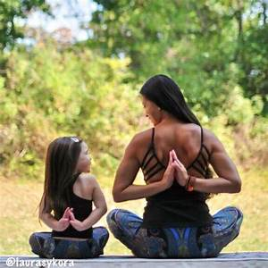 42 best Mother and Child {Yoga Poses} images on Pinterest ...