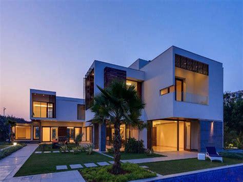 Beverly Hills Modern Houses Minimalism — Modern House Plan