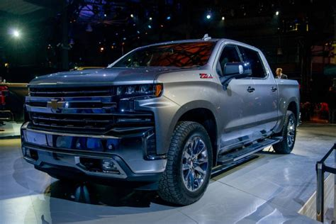 What is known about the General Motors electric pickup?