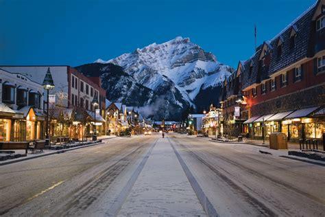 Ski Town: Banff