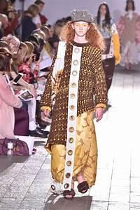 BA (Hons) Fashion: Fashion Design with Knitwear - Central Saint Martins - UAL