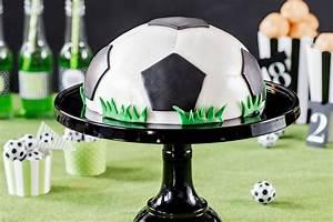 Fußball Torte Rezept : fu ballkuchen fu balltorte rezepte rund um den fu ball ~ Lizthompson.info Haus und Dekorationen