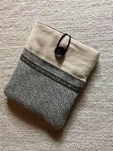 Pochette En Tissu : pochette pour liseuse kobo aura en lin et tissu jacquard ~ Farleysfitness.com Idées de Décoration